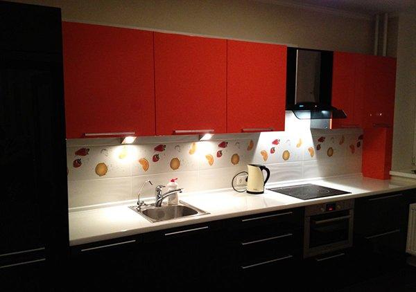 кухни-4erno-4erveno-33